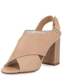 Sandali con tacco in pelle pesanti marrone chiaro