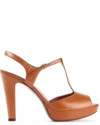 Sandali con tacco in pelle pesanti marroni di L'Autre Chose
