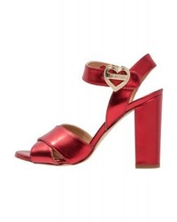 Sandali con tacco in pelle rossi di Moschino