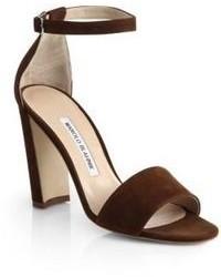 Sandali con tacco in pelle scamosciata marrone scuro
