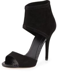 Sandali con tacco in pelle scamosciata neri