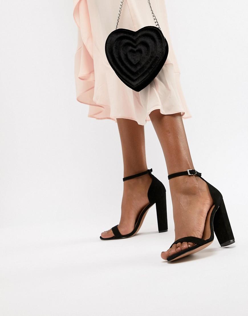 Sandali con tacco in pelle scamosciata neri di ASOS DESIGN