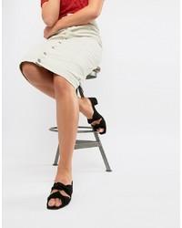 Sandali con tacco in pelle scamosciata neri di DEPP