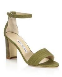 Sandali con tacco in pelle scamosciata verde oliva
