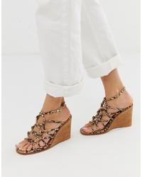 Sandali con zeppa in pelle marrone chiaro di ASOS DESIGN