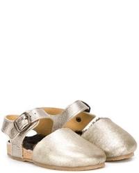 Sandali dorati di Pépé