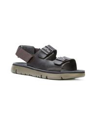 Sandali in pelle neri di Camper