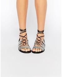 Sandali piatti in pelle con stampa serpente grigi di Asos