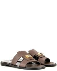 Sandali piatti in pelle decorati marrone scuro