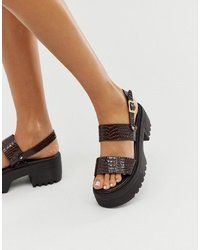 Sandali piatti in pelle pesanti marrone scuro di ASOS DESIGN