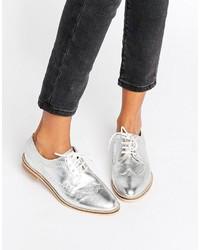 Scarpe brogue in pelle argento di Asos