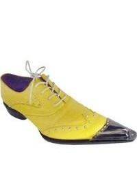 Scarpe brogue in pelle gialle
