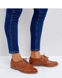Scarpe brogue in pelle marrone chiaro di Asos