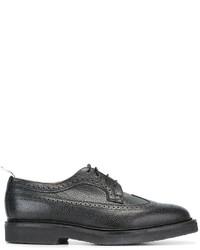 Scarpe brogue in pelle nere di Thom Browne