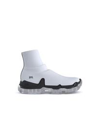 Scarpe sportive bianche e nere di Swear