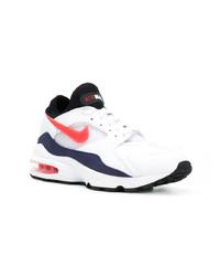 Scarpe sportive bianche e rosse e blu scuro