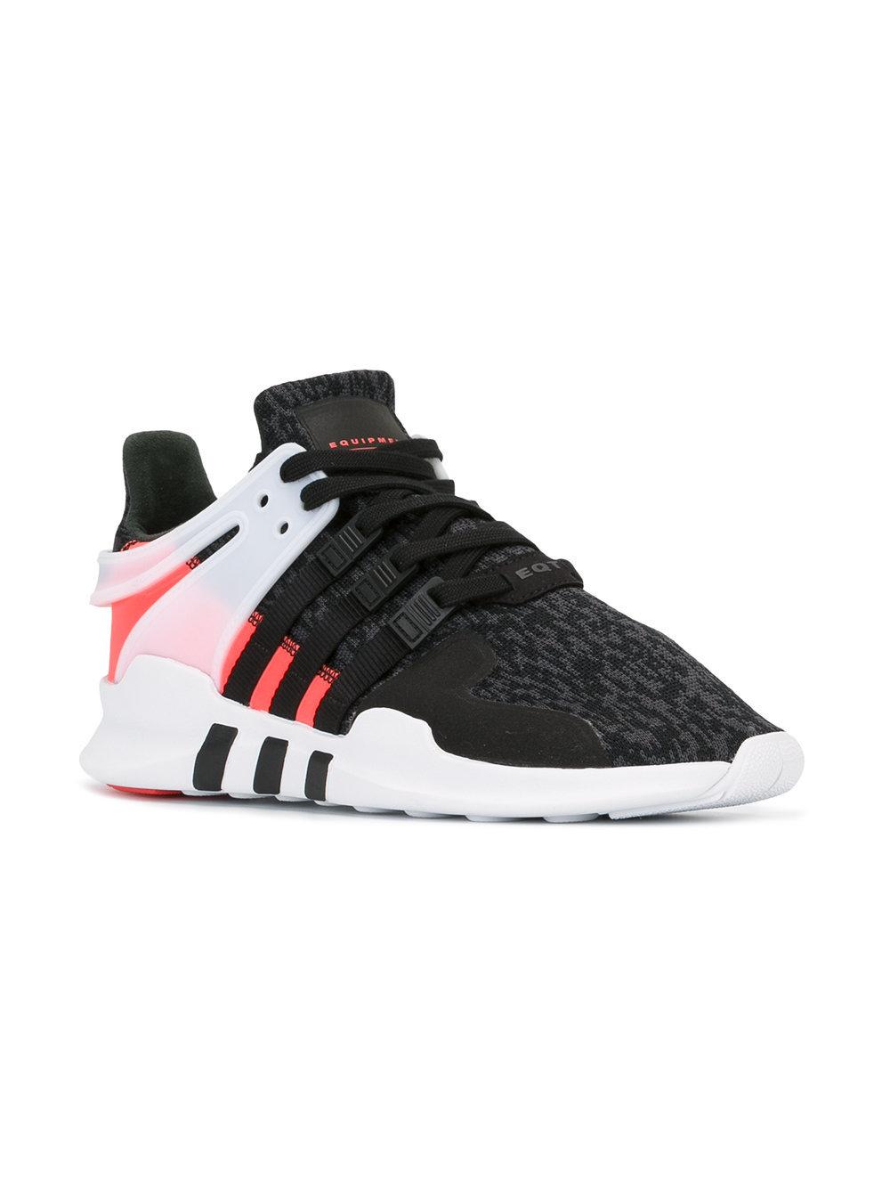 scarpe nere e bianche adidas