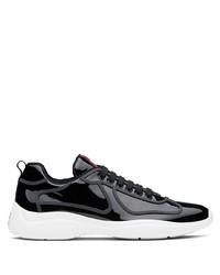 Scarpe sportive nere e bianche di Prada