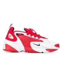 Scarpe sportive rosse e bianche di Nike