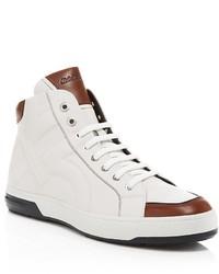 Sneakers alte bianche e marroni