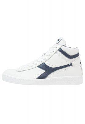 best website c820c 3fa8f sneakers diadora bianche