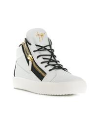 Sneakers alte in pelle bianche e nere