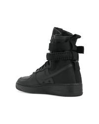 Sneakers alte nere di Nike, €308     Lookastic