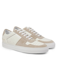 Sneakers basse beige di Common Projects
