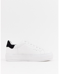 Sneakers basse bianche e nere di Kurt Geiger London