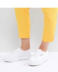 Sneakers basse bianche di Superga
