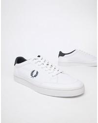 Sneakers basse di tela bianche di Fred Perry