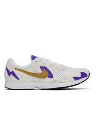 Sneakers basse di tela bianche di Nike
