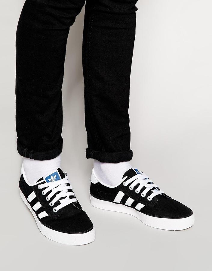 adidas basse nere e bianche