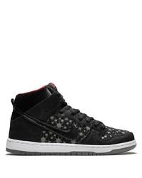 Sneakers basse di tela nere e bianche di Nike