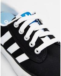 adidas nere e bianche basse