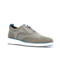 Sneakers basse grigie di Cole Haan