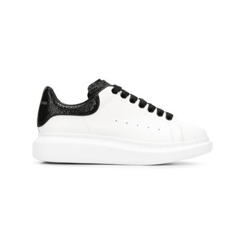 Sneakers basse in pelle con stampa serpente bianche e nere di Alexander  McQueen