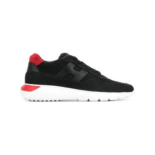 ... Sneakers basse in pelle scamosciata nere di Hogan ... 8301786ee02