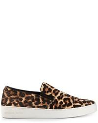 Sneakers senza lacci in pelle scamosciata leopardate marroni di Michael Kors