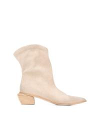 Stivali da cowboy in pelle scamosciata beige di Marsèll