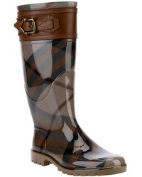Stivali di gomma scozzesi marroni di Burberry, €312  TIudng