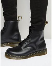 Stivali in pelle neri di Dr. Martens