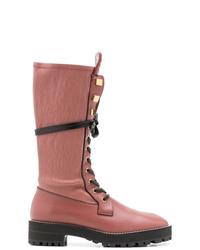 Stivali piatti stringati in pelle rosa di Stuart Weitzman