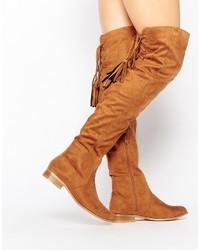 Stivali sopra il ginocchio in pelle scamosciata marrone chiaro di Missguided