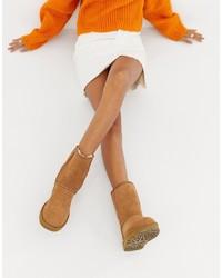 Stivali ugg marrone chiaro di UGG