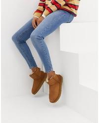 Stivali ugg marroni di UGG