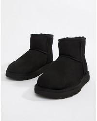 Stivali ugg neri di UGG