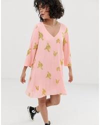 Vestito a trapezio ricamato rosa di Wild Honey