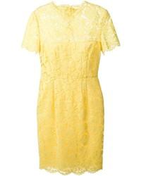 uk availability fc679 109e9 Look di Miranda Kerr: Vestito a tubino di pizzo giallo ...