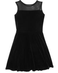 Vestito di velluto nero
